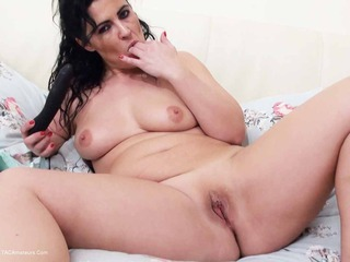 Playing On The Bed Pt3