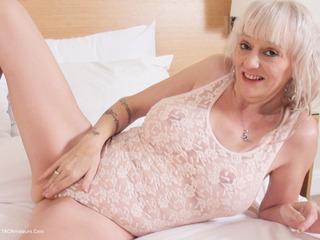 Laurel On The Bed Pt1