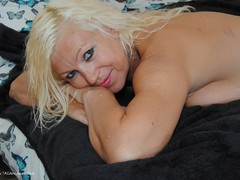 PlatinumBlonde - Green T-Shirt Strip Pt2 Gallery