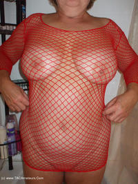 bustybliss - Red Fishnet In The Shower - By Request Pt2 Free Pic 2