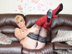 Dimonty - Knee High Red Boots Gallery