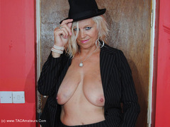PlatinumBlonde - Suit Strip Pt2 Gallery