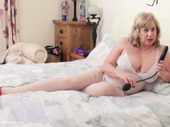 SpeedyBee - My Inflatable Dildo Pt2 HD Video