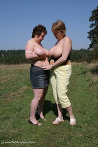 kinkycarol - Out & About With Claire Pt1 Free Pic 4