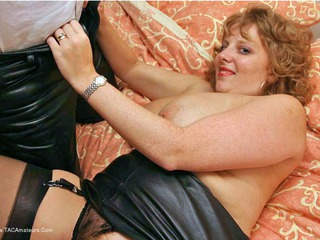 CurvyClaire - Leather Playtime Pt3