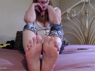 Hot Foot Fetish Worship