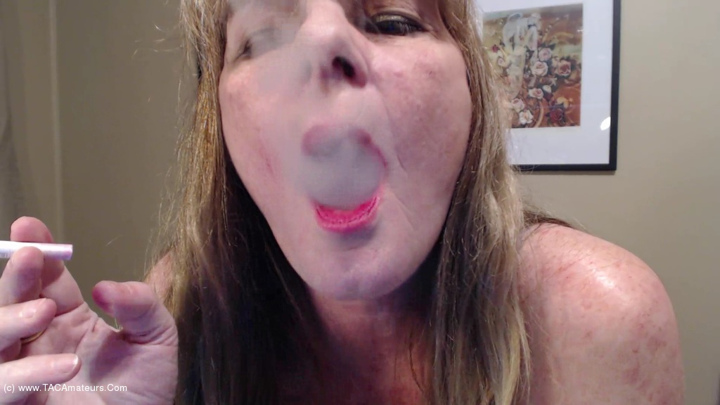 CougarBabeJolee - Blow Some Smoke In Your Face scene 3
