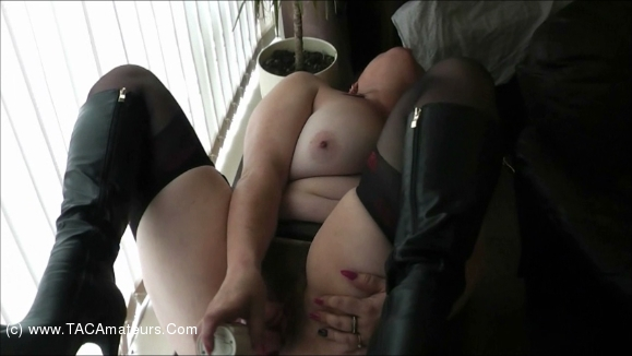 JuiceyJaney - Drilling Dildo Pt1 scene 0