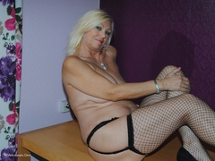 PlatinumBlonde - Pussy On Show Gallery