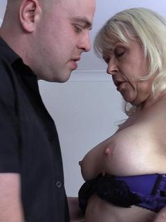 LadySextasy - The Hotel Handyman Pt2