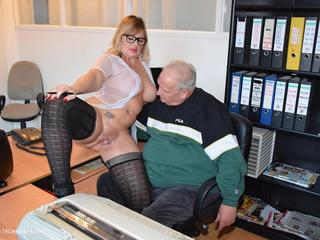 Nude Chrissy - Secretary  Boss Picture Gallery
