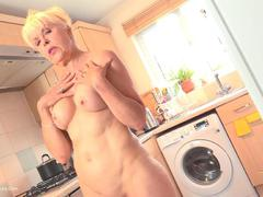 LadySextasy - My Body Treatment Pt1 HD Video