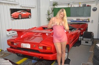 sweetsusi - Naked With The Lambo Free Pic 1