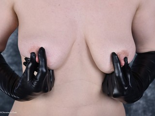 HotMilf - Wetlook
