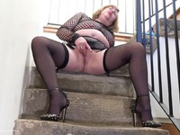 SpeedyBee - Playing On The Stairs Pt1 - Free Video