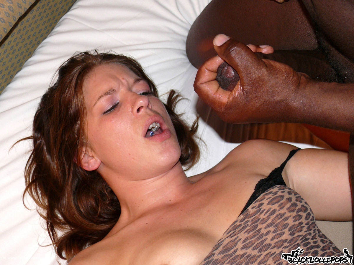 A young slut sucks off her man 4