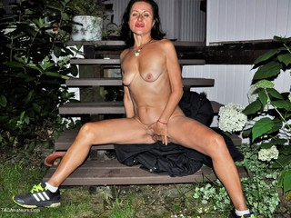 Diana Ananta - Outdoor Striptease Picture Gallery
