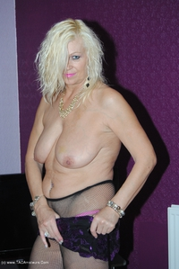 platinumblonde - Fishnet Tights Free Pic 2