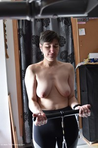 hotmilf - Fitness Training Free Pic 4