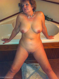bustybliss - Busty By The Fire Free Pic 3
