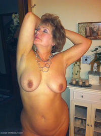bustybliss - Busty By The Fire Free Pic 4