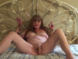 CougarBabeJolee - Caught Tied