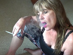 CougarBabeJolee - Sultry Smoke HD Video