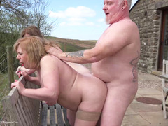 SpeedyBee - Outdoor Fun With Mr G Pt2 HD Video