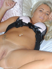 phillipasladies - Laceey in black and white lingerie Free Pic 4
