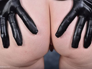 HotMilf - Latex Gloves