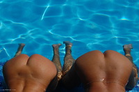 sweetsusi - Two Hot Girls In The Pool Free Pic 2