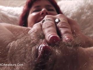 Juicey Janey - Fannyliscious Fingering Pt2 HD Video