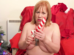 SpeedyBee - Sexy Santa Pt1 HD Video