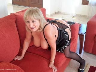 LornaBlu - Cheeky Maid
