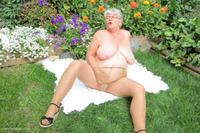 girdlegoddess - A Summers Day Free Pic 1