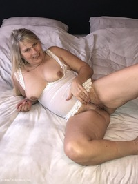 sweetsusi - Extreme Hairy Pussy Free Pic 3