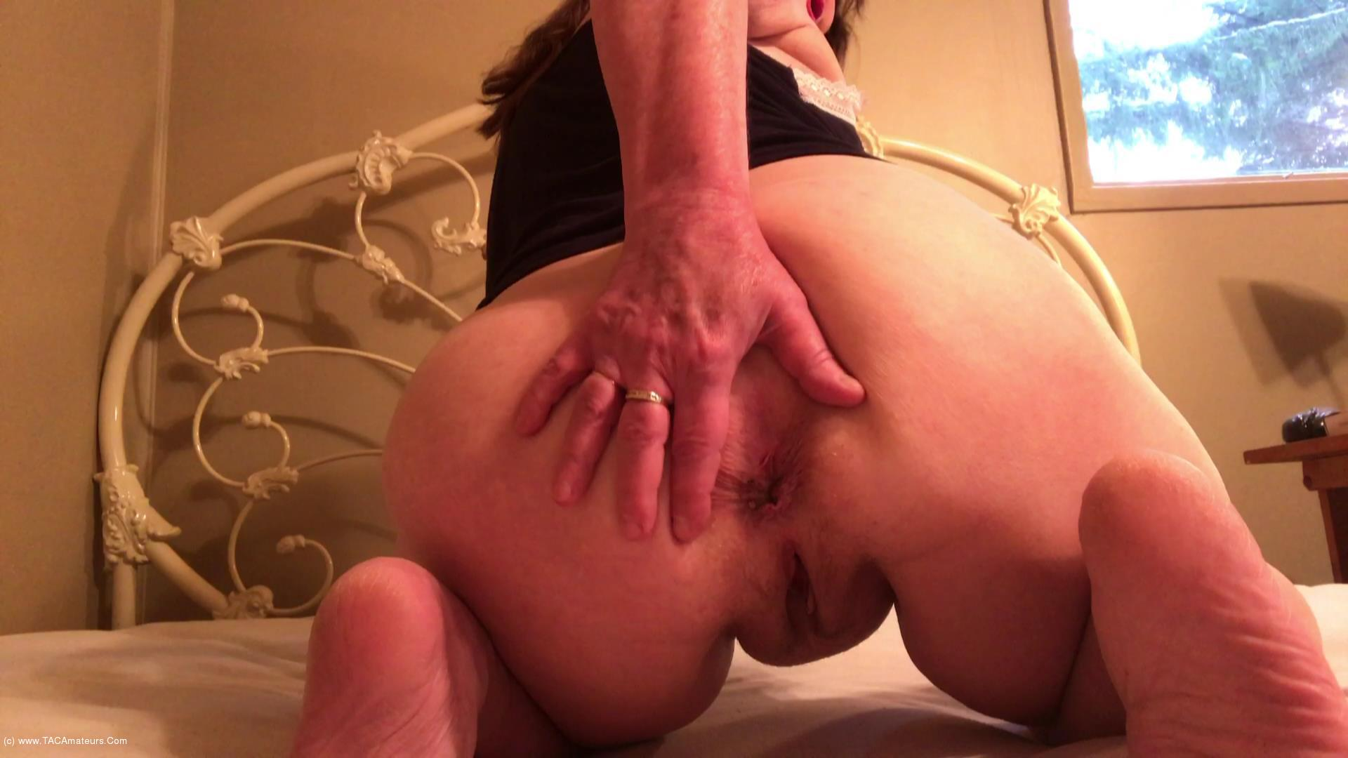 CougarBabeJolee - My Arse Needs Worshipping scene 0