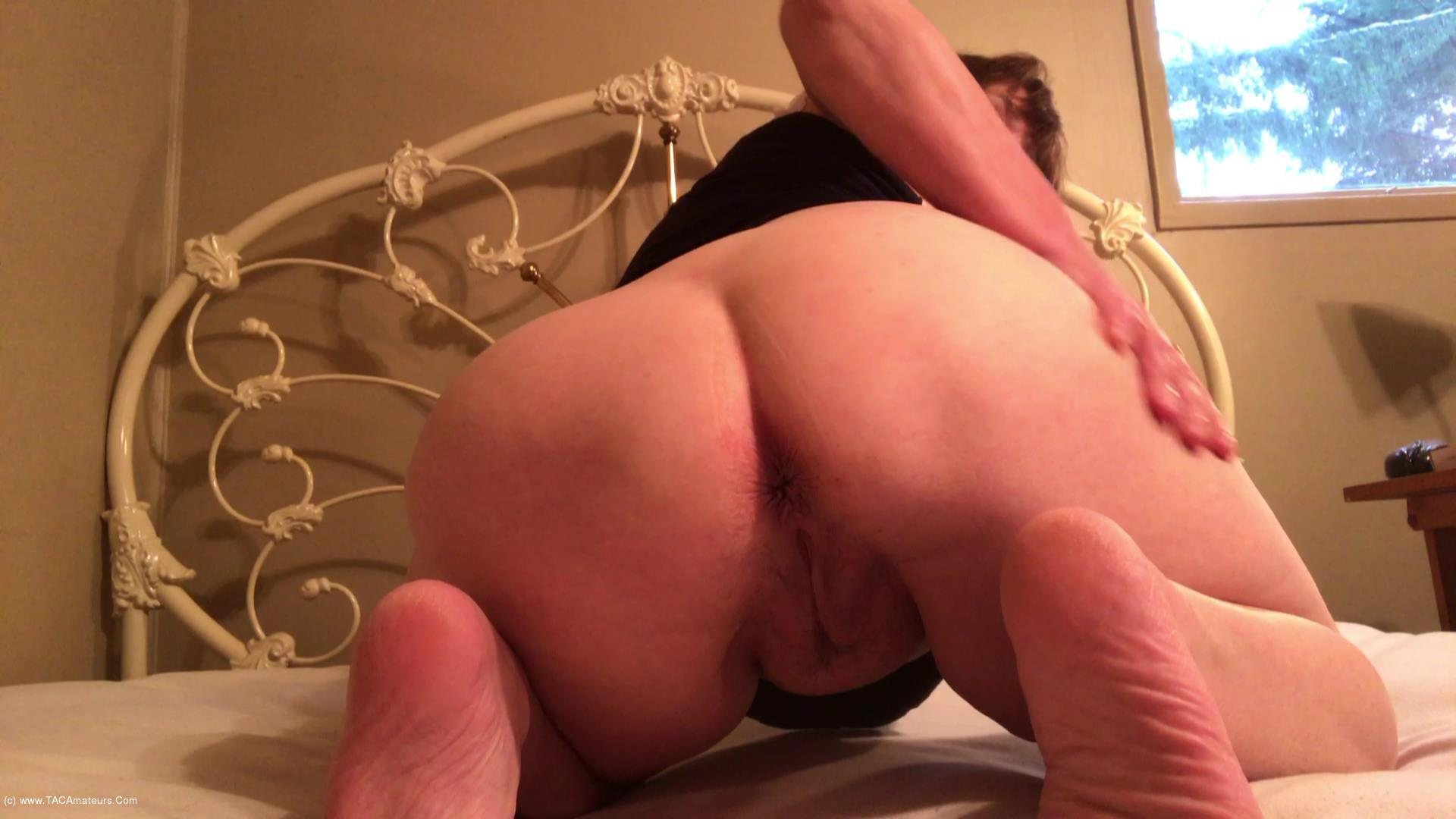 CougarBabeJolee - My Arse Needs Worshipping scene 2