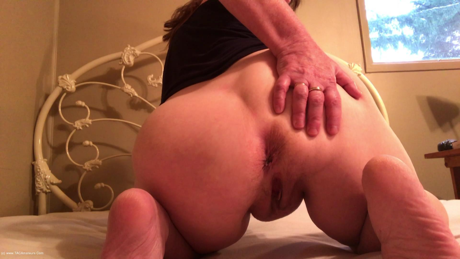 CougarBabeJolee - My Arse Needs Worshipping scene 3