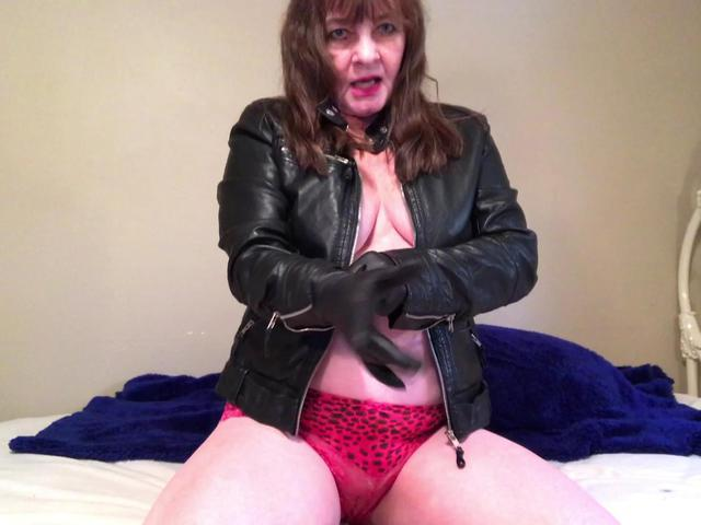 CougarBabeJolee - Sultry In Leather Jacket  Gloves JOI Arse Worship Fun