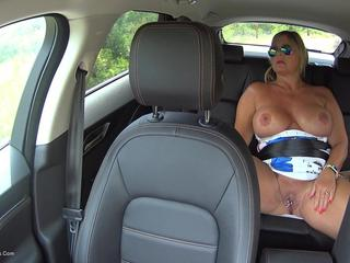 Backseat Pussy Play