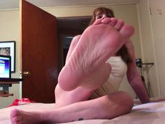 CougarBabeJolee - Bare Feet Cum Worship HD Video