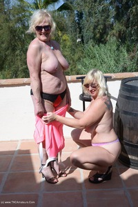 melody - Over A Barrel Pt3 Free Pic 3