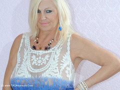 PlatinumBlonde - Blue White Top Pt1 Gallery