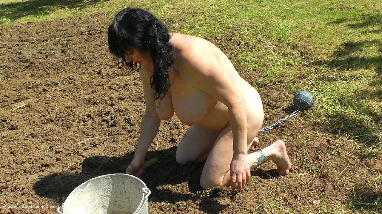 MaryBitch - Outdoor Work & Punishment Pt1 scene 1