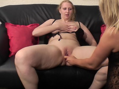 SweetSusi - Extreme Lesbo Insertion Gallery