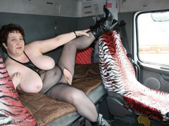 KinkyCarol - Trucker Chick Gallery