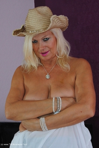platinumblonde - Cow Girl Pt1 Free Pic 3