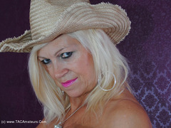 PlatinumBlonde - Cow Girl Pt1 Gallery