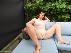 KatKitty - In The Garden Pt2 Photo Album